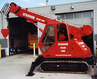 CX-8T & 2T Mini Tracked Crane Hire