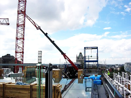 rooftop mini crane London