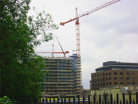 Rooftop cranes London