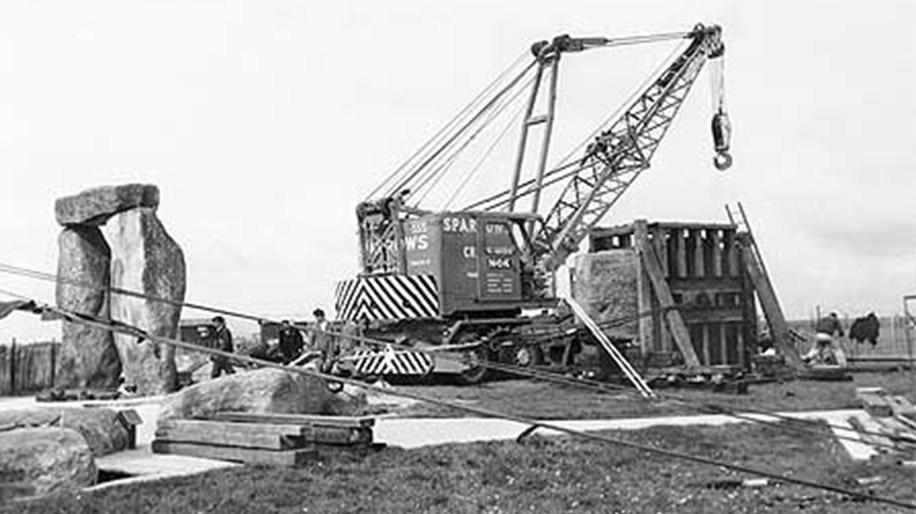 Sparrow Crane Hire restoration Stonehenge