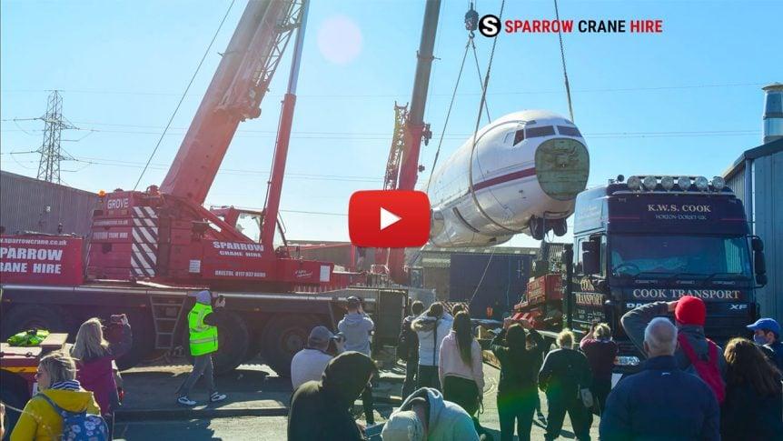 BRISTOL_boeing_727_crane_lift