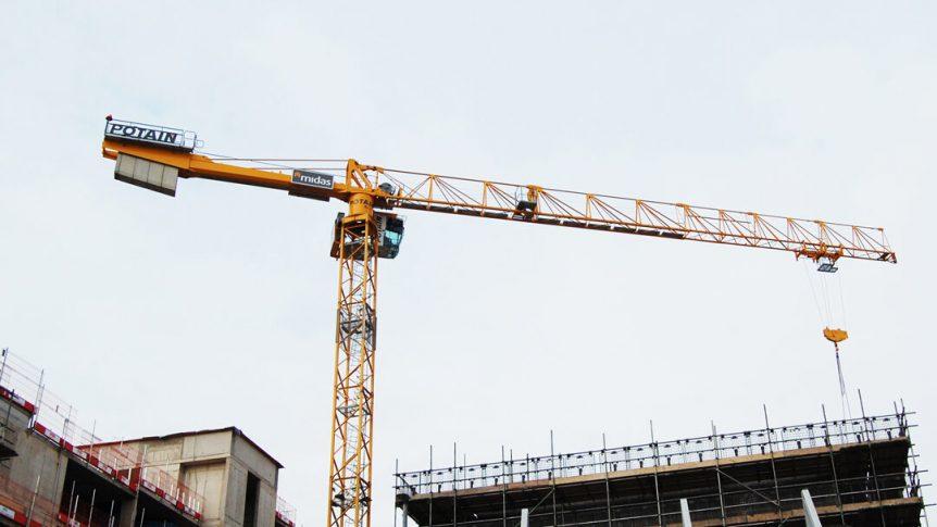 Roofing self erecting crane hire