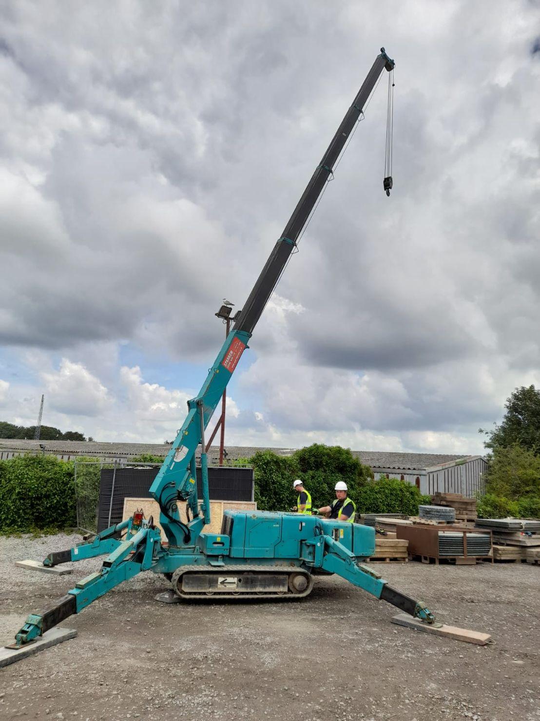 Maeda MC405  spider crane