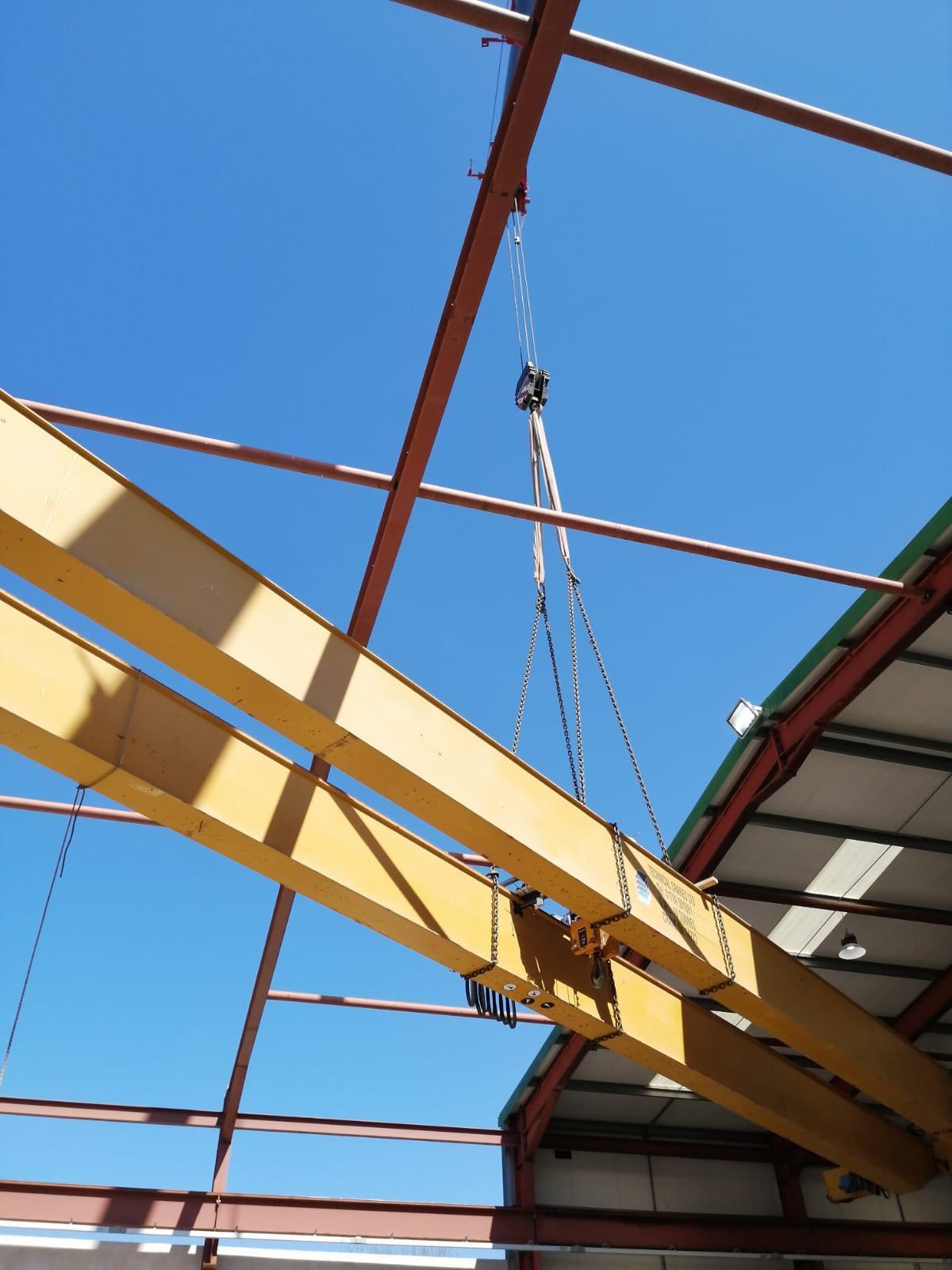 erecting gantry crane