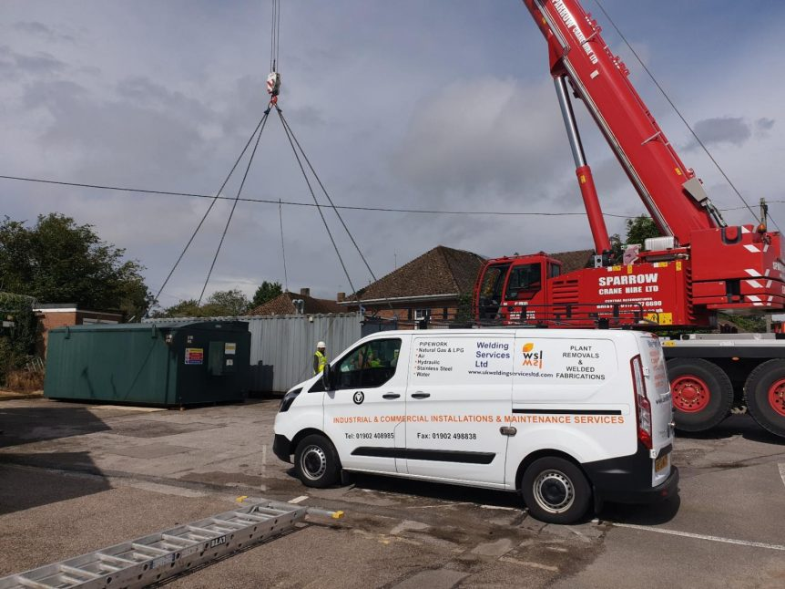 shipping container crane lift