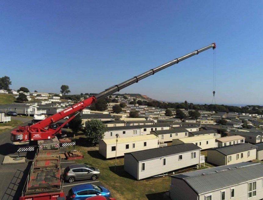 caravan crane lift