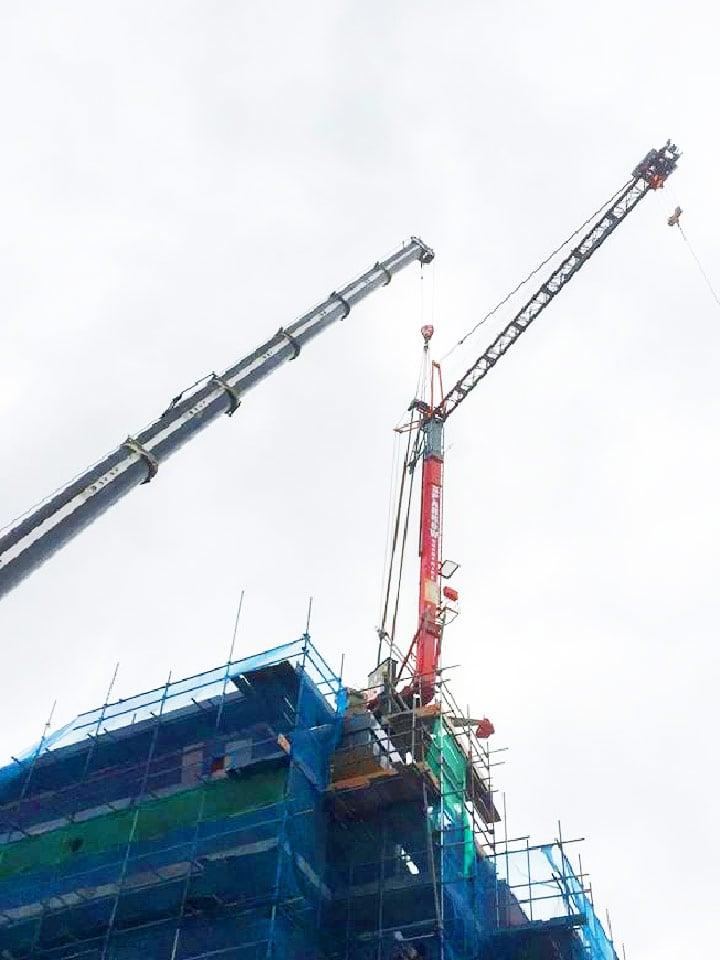 rooftop spider crane